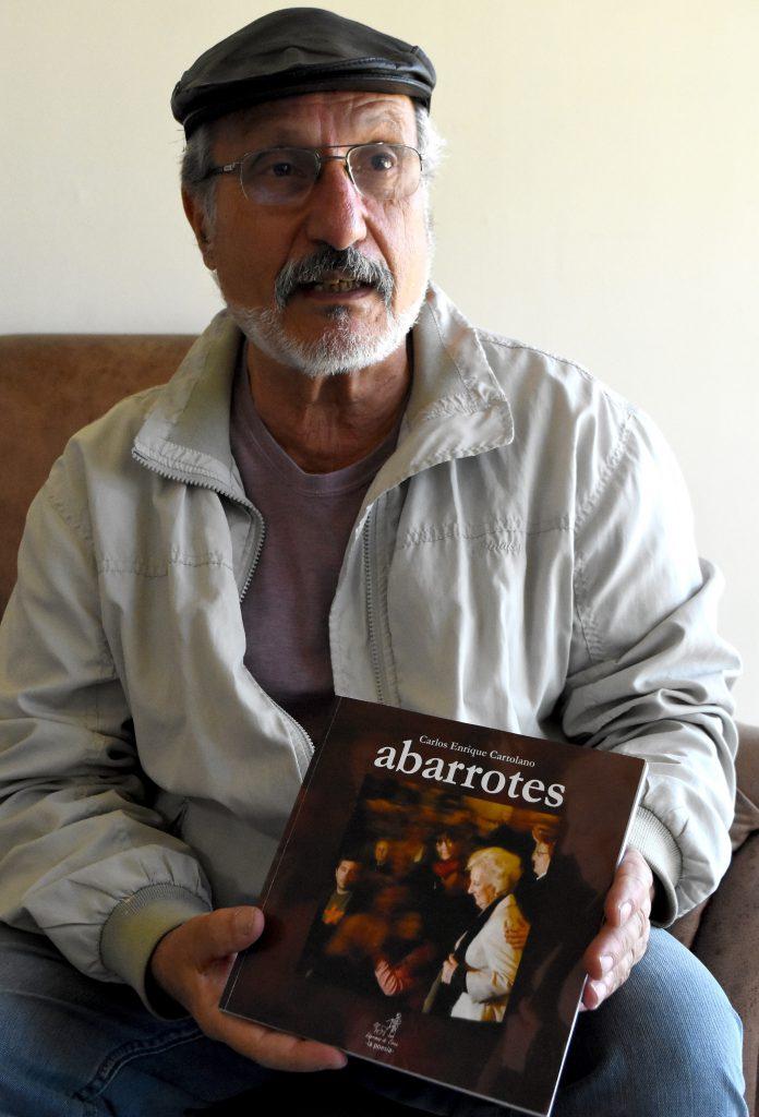 Carlos Enrique Cartolano es inspirador e impulsor del Festival Internacional de Poesía de Mar del Plata.