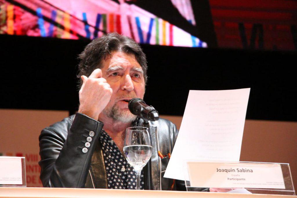 Joaquín Sabina se anima a cantar tango en Argentina