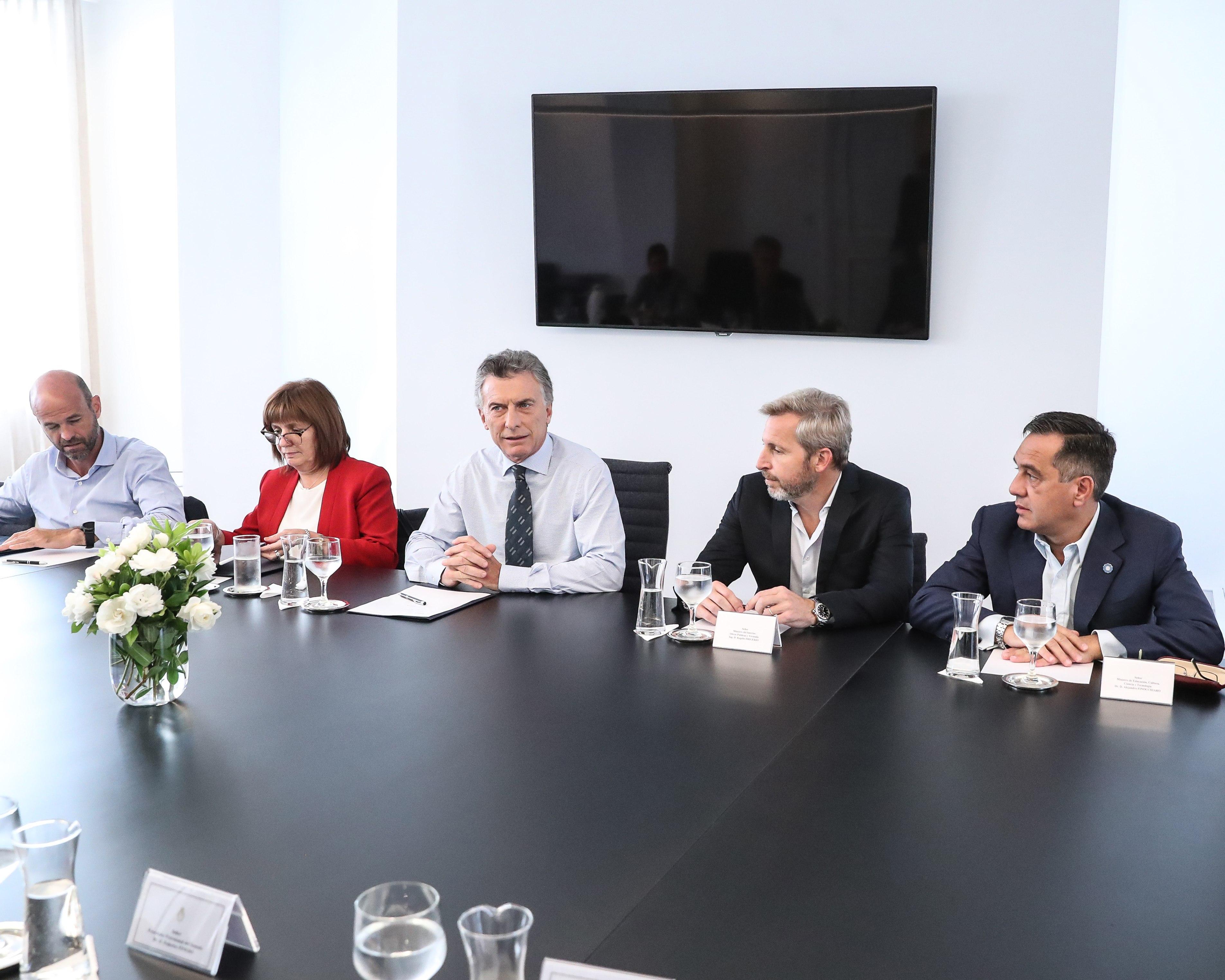 Tras un jueves intenso, Macri cerrará la semana con reuniones en Olivos