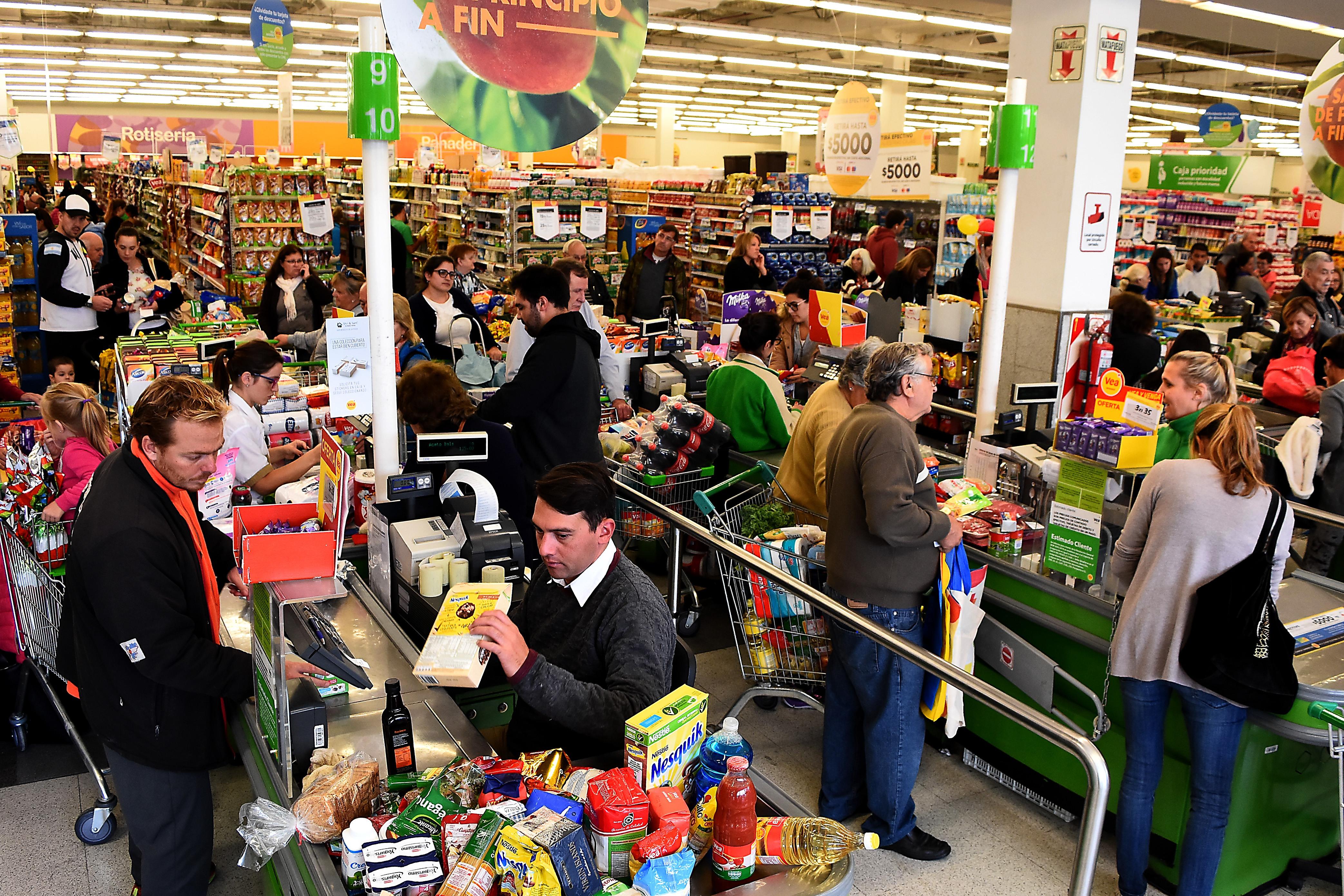 Aseguran el abastecimiento para el programa Precios Esenciales