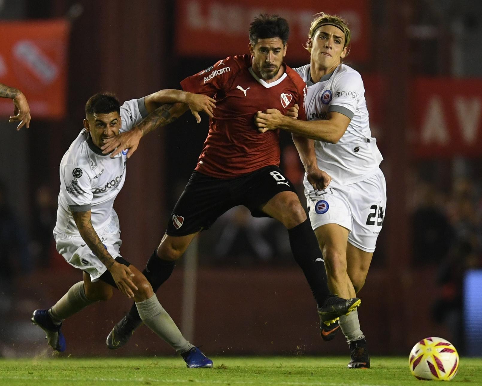 En Perú, Independiente busca avanzar en la Copa