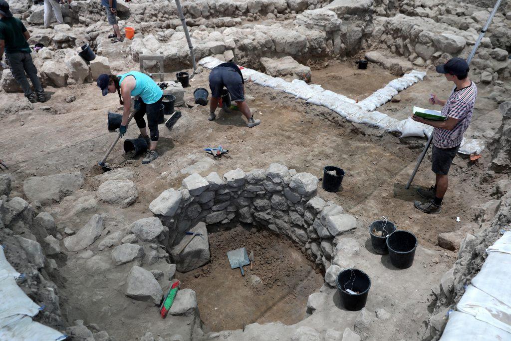 Resultado de imagen para Arqueólogos descubren una ciudad donde pudo haberse refugiado el rey David