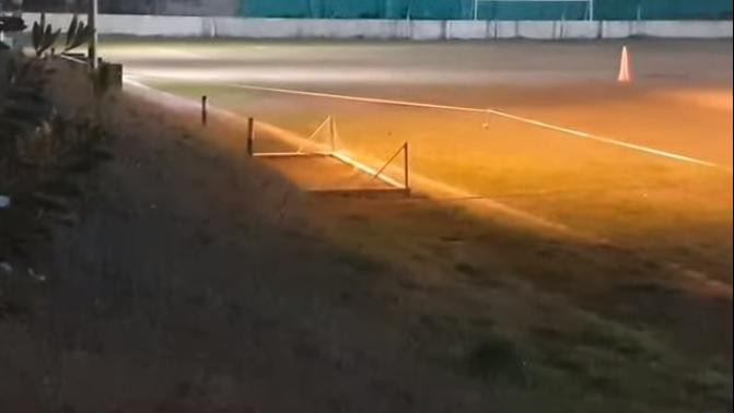 Horror: menor de 12 años murió aplastado por un arco de fútbol