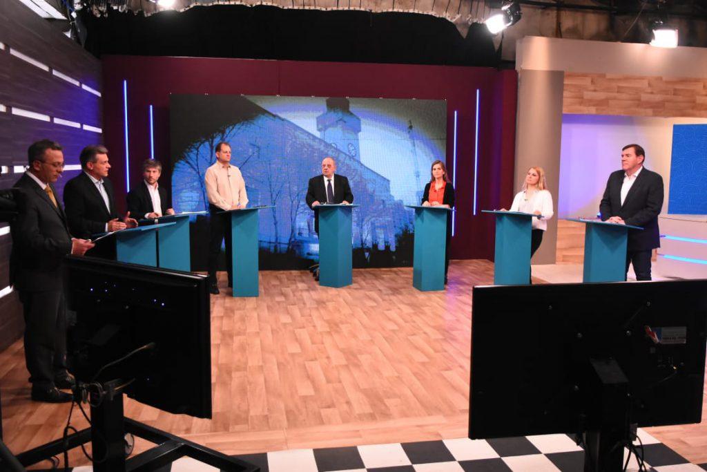 Cristina y Kicillof cerraron campaña en La Plata con tono nacional - Política