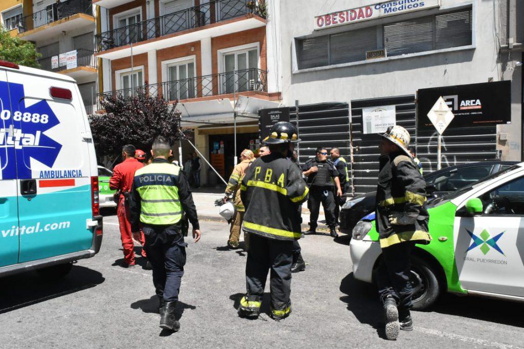 Se desplomó una losa en Luro y San Luis: un obrero herido - La Capital de Mar del Plata
