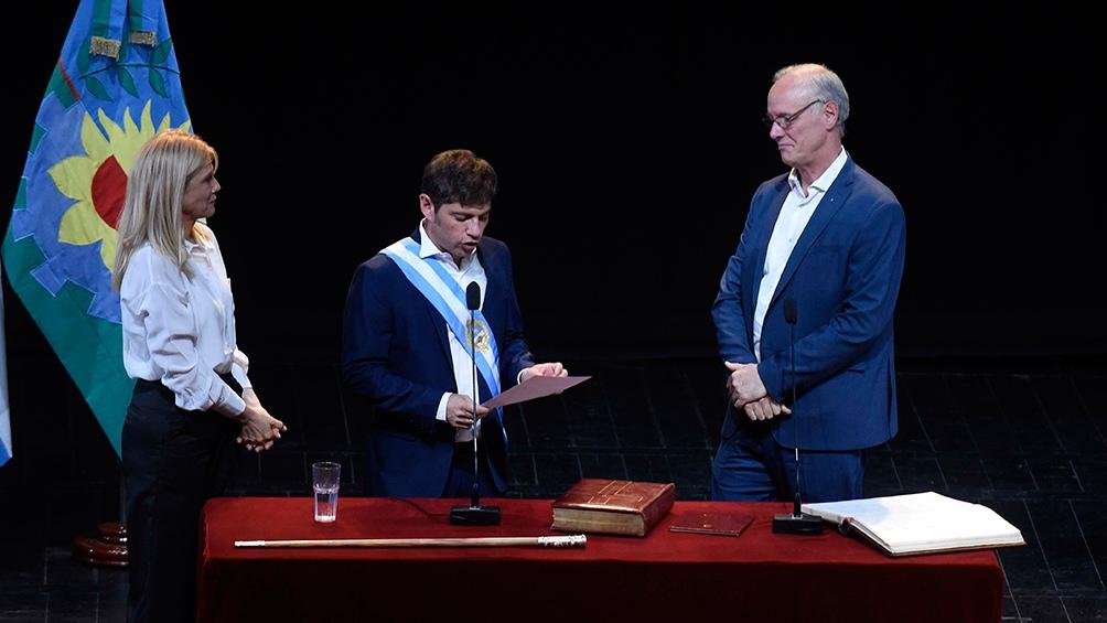 Gollan en la jura como ministro del gobernador Axel Kicillof.