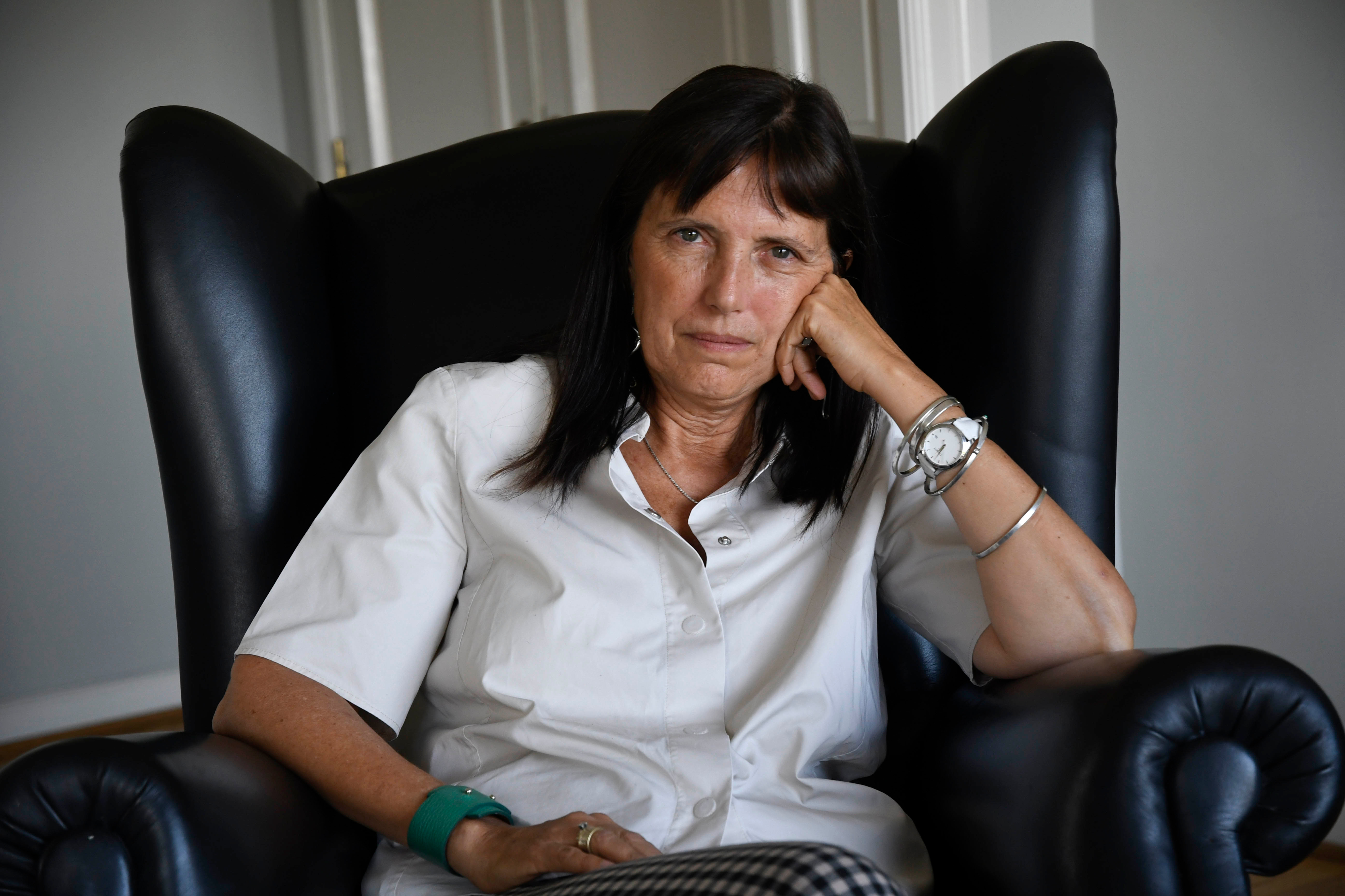 """Resultado de imagen para """"Catedrales"""", la nueva novela de Claudia Piñeiro"""
