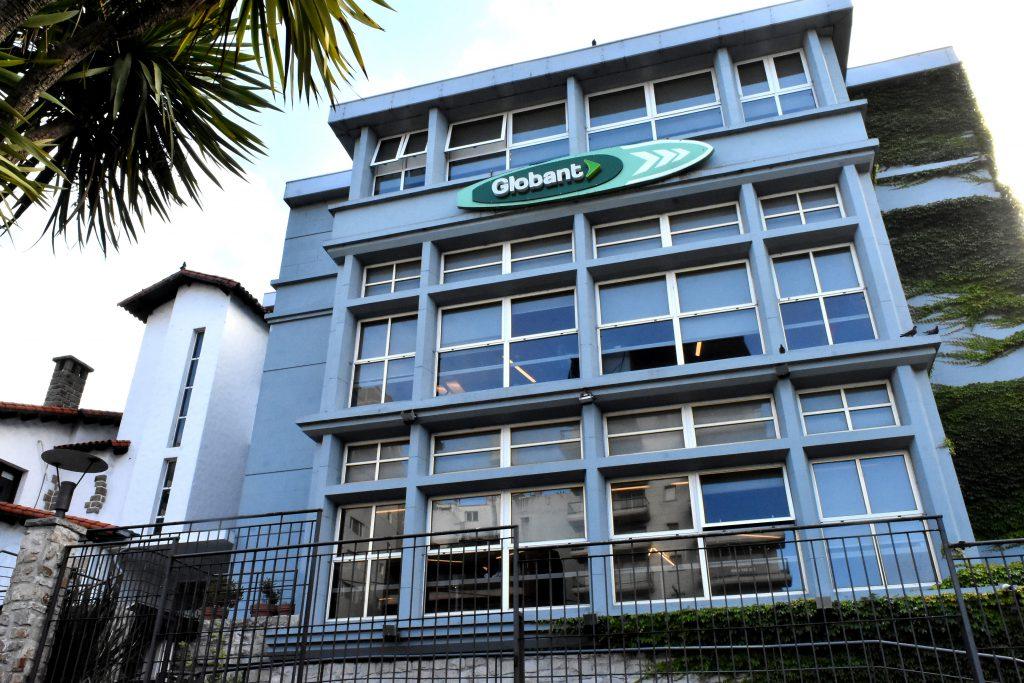 """La sede marplatense de la compañía funciona en el edificio del antiguo """"Museo del Mar"""". FOTO: Mauricio Arduin."""