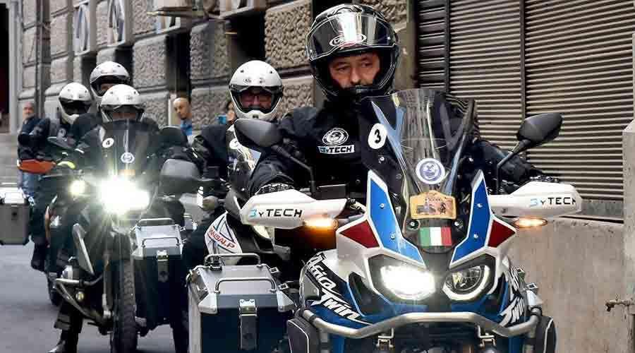 """La actual caravana de """"Moto For Peace"""" está integrada por italianos, españoles, alemanes y austríacos."""