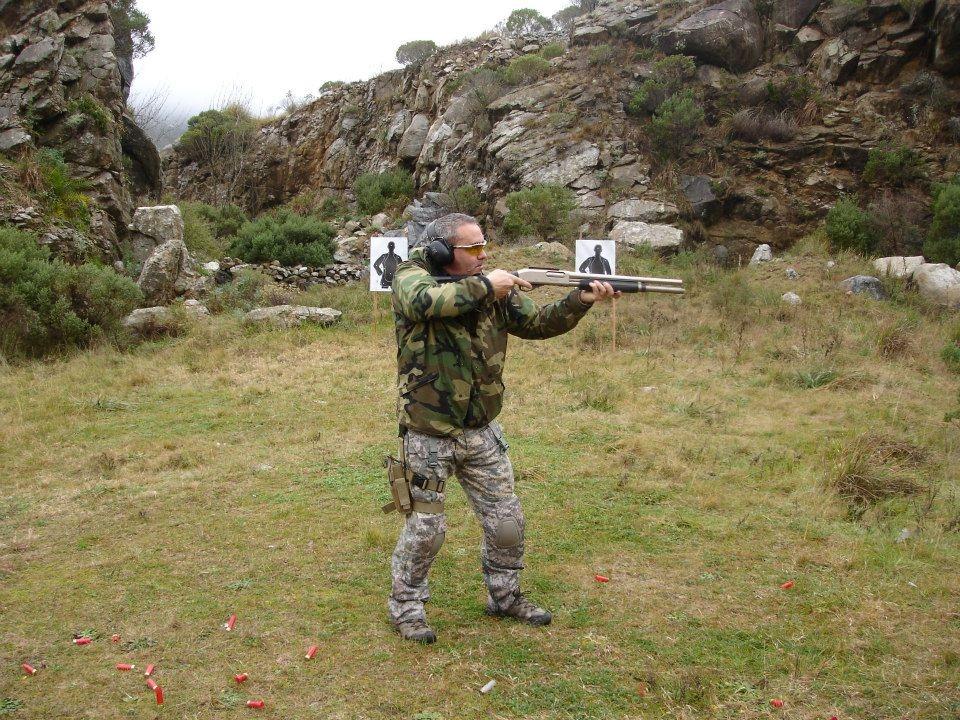 El instructor de tiro, Fernando Rondinara, habría organizado la jornada de práctica.