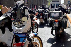 """Los peregrinos de """"Moto For Peace"""" cuando se desplazaron por las calles de Santiago de Chile."""