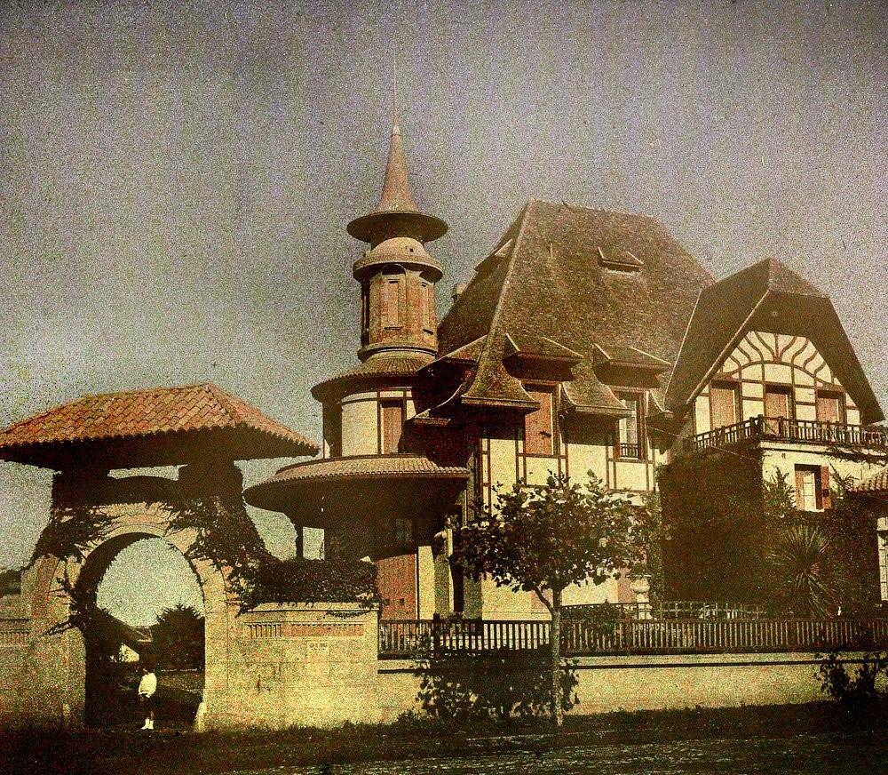 Chalet San Carlos. Estaba en Güemes y Garay, donde hoy se encuentra el hotel Cóndor.
