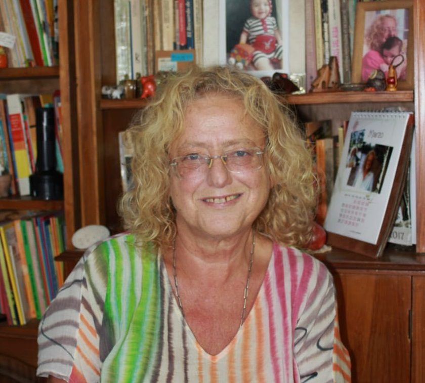Adela Basch en ciclo de encuentros de la Provincia de