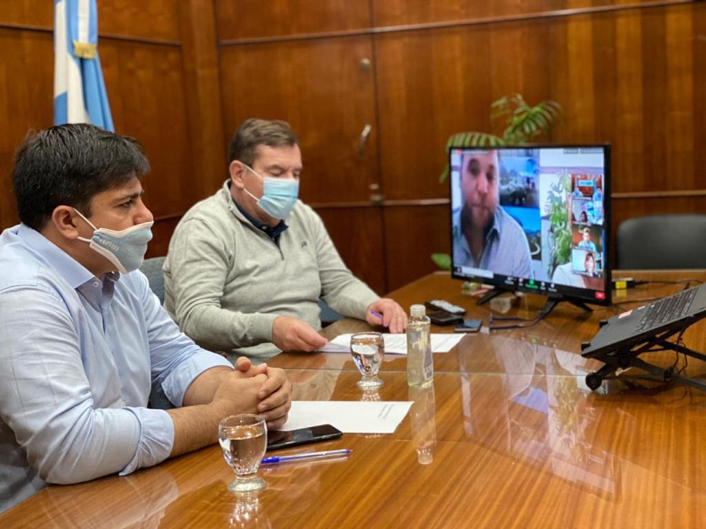 Guillermo Montenegro y Sebastián D'Andrea presenciaron el lanzamiento virtual del concurso de ideas.