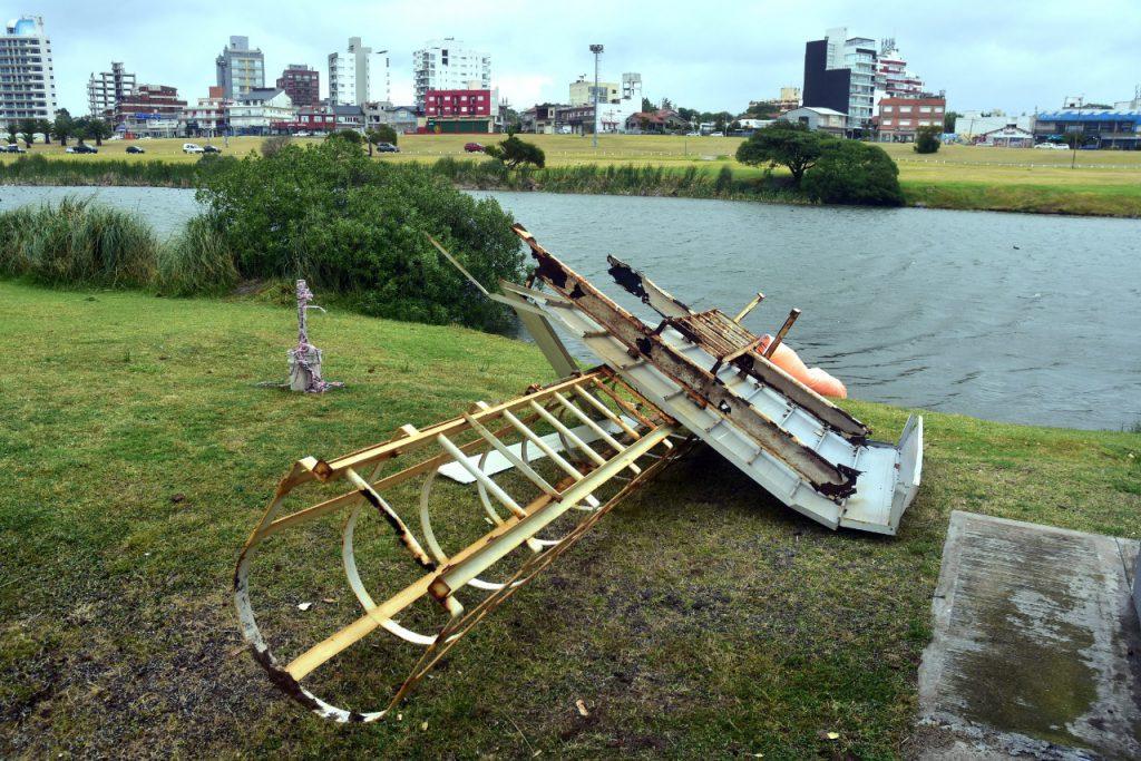 En imágenes: los destrozos provocados por los fuertes vientos en Mar del  Plata « Diario La Capital de Mar del Plata
