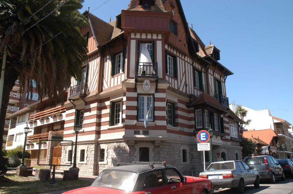 """""""Villa Normandy"""", de Colón y Viamonte, Mar del Plata."""