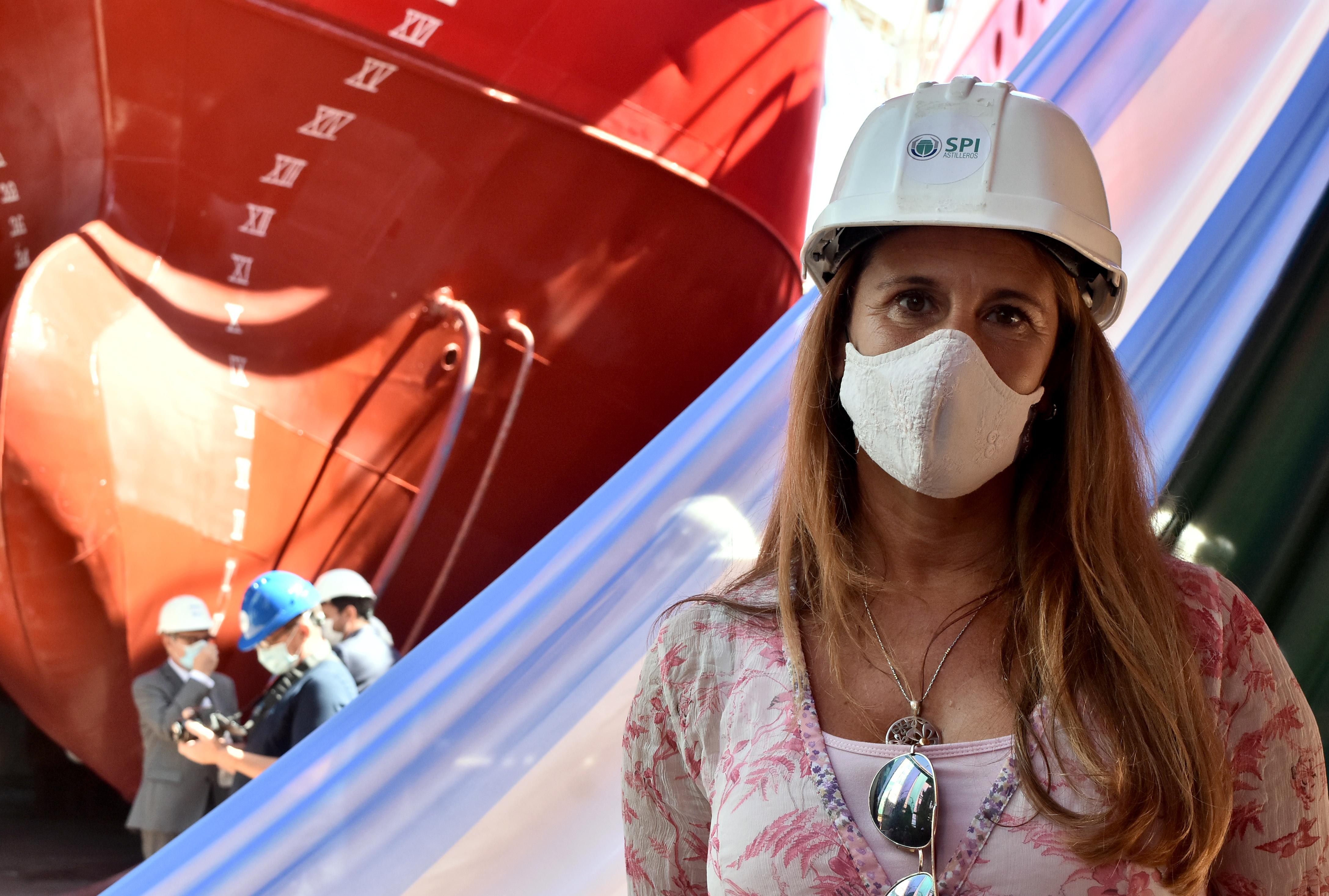 La subsecretaria de Economía del Conocimiento posa para LA CAPITAL en su visita a SPI Astilleros.
