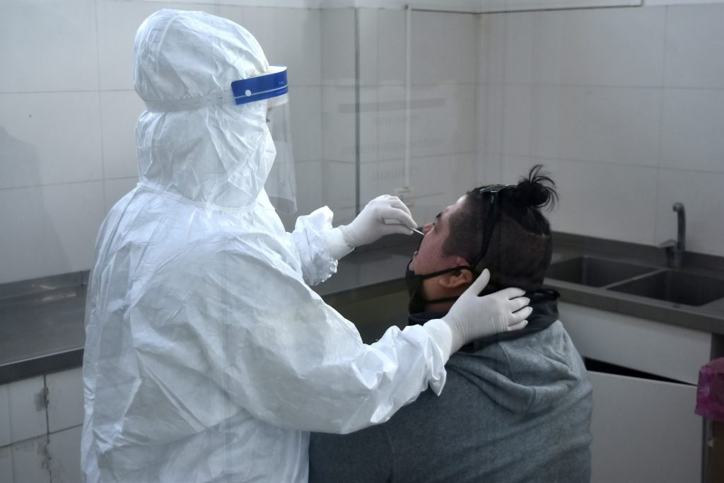 COVID-19: Argentina sumó 16.267 casos y 65 muertes este domingo