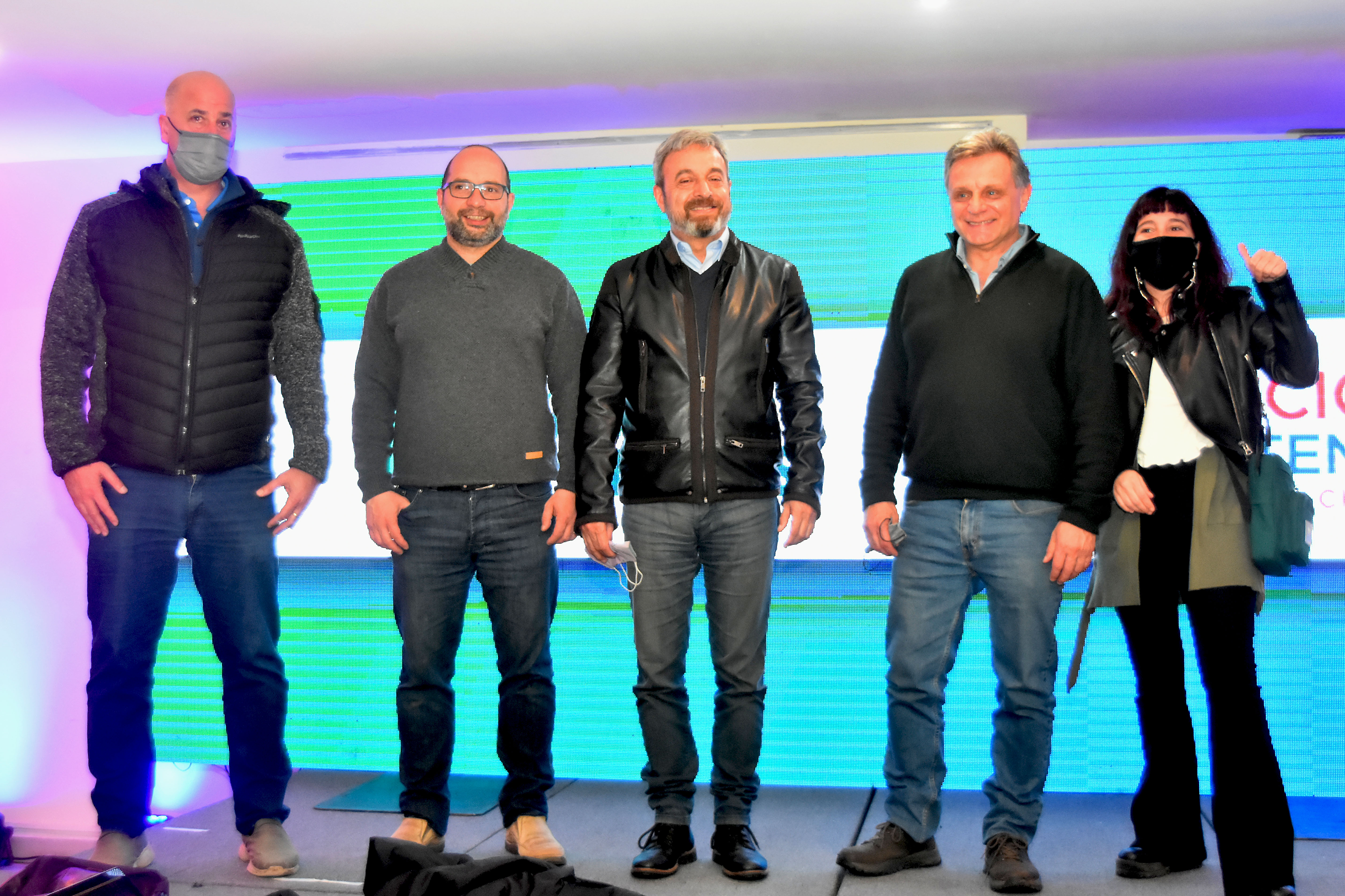 """Gustavo Pulti y los candidatos de Acción Marplatense. """"La gente no encontró la boleta"""", evaluaron."""